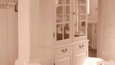 Eine spannende Aufgabe stellt die Raumgestaltung dar. Dies gilt insbesondere für große Räume wie in Schulen, die sich neben den Möbeln durch zusätzliche Accessoires aufwerten lassen. Dazu gehören die Vitrinen, […]