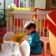 Für kleine Kinder besteht der Großteil des Lebens darin, zu spielen.