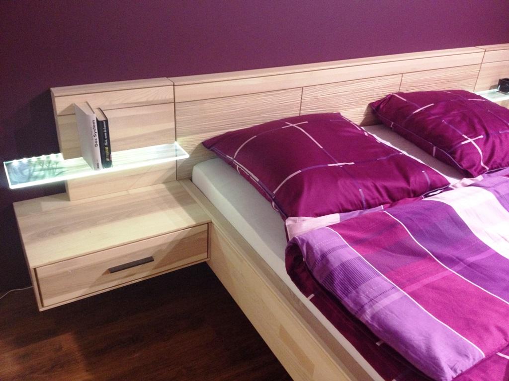 schlafzimmereinrichtung bettw sche als blickfang m bel meister. Black Bedroom Furniture Sets. Home Design Ideas