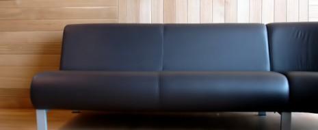 Die Vielfältigkeit bei Möbeln ist heutzutage schon sehr groß. So gibt es bei allen möglichen Möbeln verschiedenste Arten. Auch bei den Sofas unterscheidet man zwischen einer Vielzahl von verschiedenen Sitzgruppen, […]