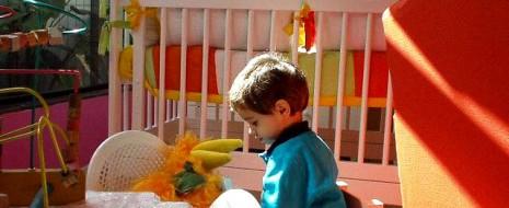 Viele kennen das Problem des Platzmangels, da kommt es gelegen, ein gemeinsames Kinderzimmer für die Kleinen einzurichten. Wenn man sich dafür einscheidet, stellen sich viele Fragen. Ist ein gemeinsames Zimmer […]